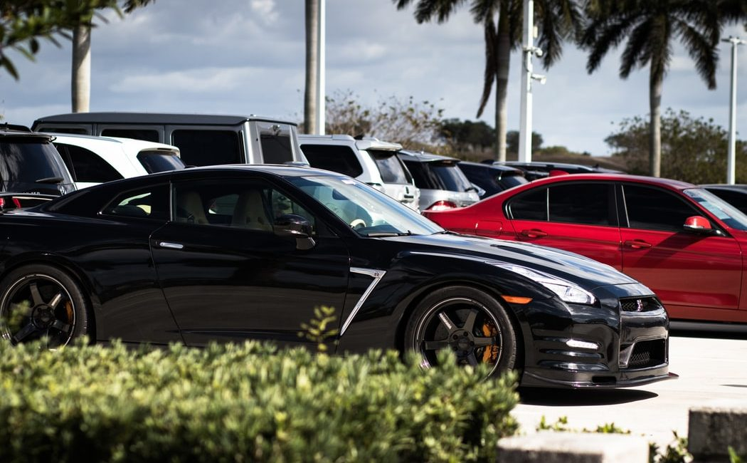 Used car dealer competition no longer comes from other dealerships alone - photo of cars in car lot